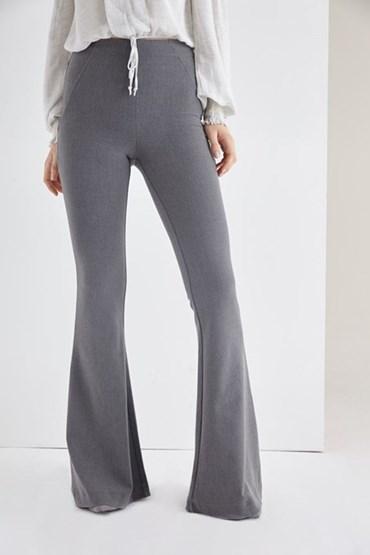 bol paça pantolon, geçmişe dönüş modası, geçmiş modası