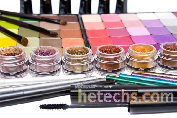makyaj malzemelerinin kullanımı nasıldır, makyaj yapma malzemeleri, kadınların makyaj malzemeleri