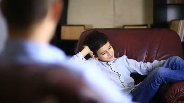 çocuk psikologları kimlerdir, istanbul çocuk psikologlarının farkı, pedagogların görevleri