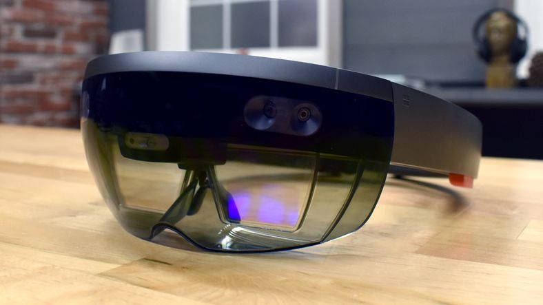 oculus rift, hololens, hololens teknolojisi